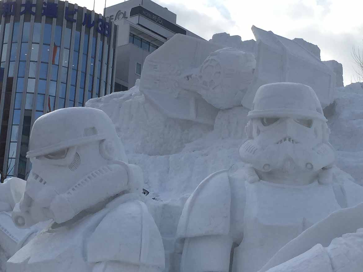 Reason No. 2 to visit #Japan in the #winter: Giant snow sculptures at the Sapporo snow festival in Feb! https://t.co/kOK0Pjgxtn