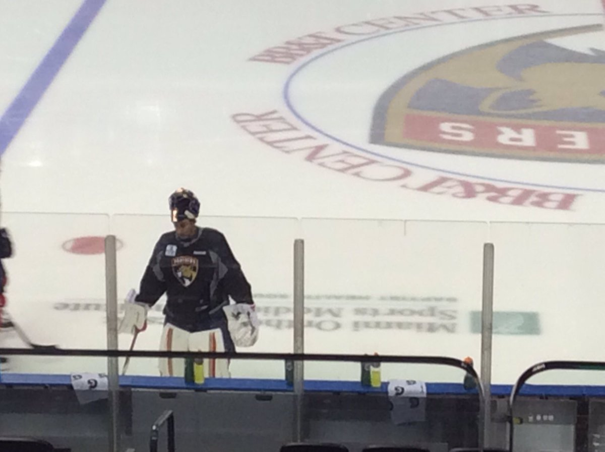 George Richards On Twitter Roberto Luongo Getting An Early Workout
