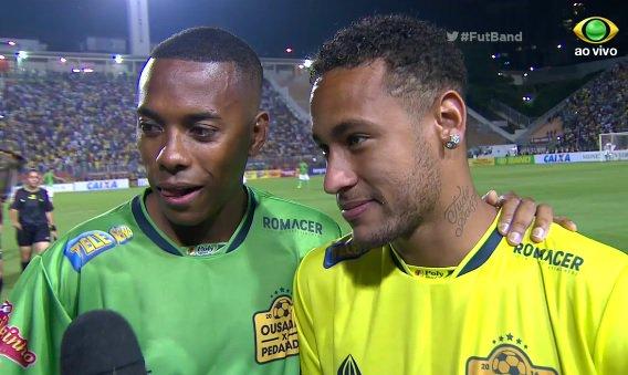 Ousadia x Pedalada: Robinho brinca e reclama da 'panela' montada por Neymar https://t.co/rNiFRDi1P2 #FutBand https://t.co/oarKkKH6jA