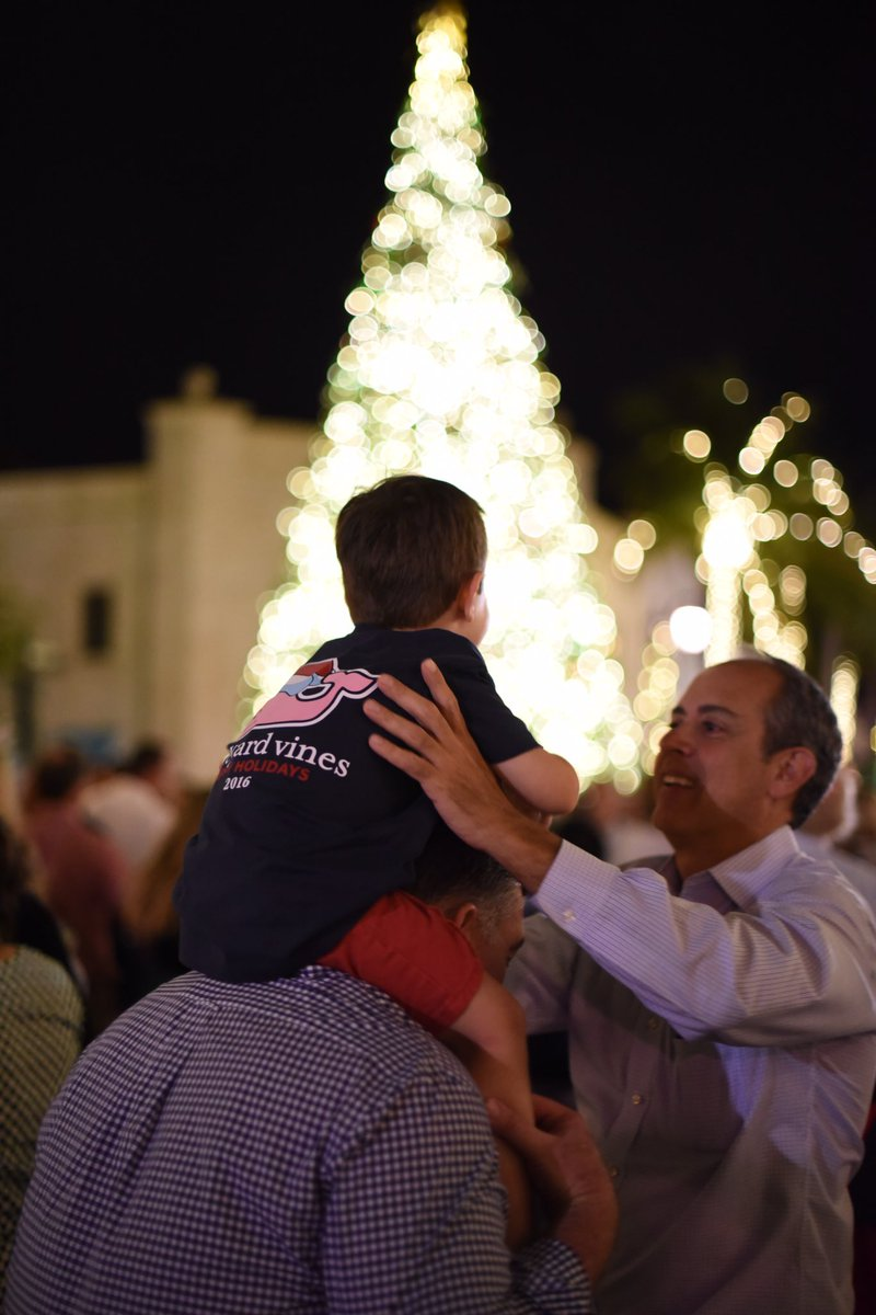 #FLTravelChat A4 Best holiday events:  T...