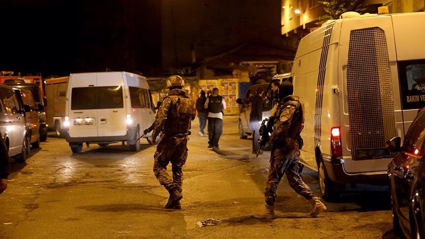 Police in Istanbul detains 31 suspected ISIS members. Operation underway for more 10 suspects