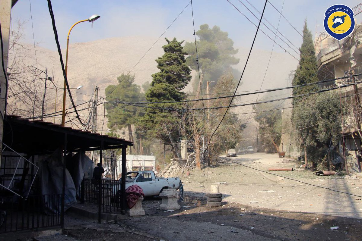10+ civilians killed in a attack by Syrian government forces on civilians in Wadi Barada area.