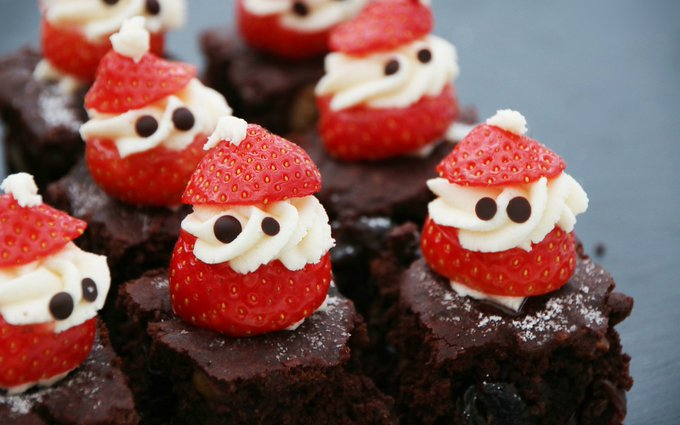 Peeping Santa Brownies [Vegan]