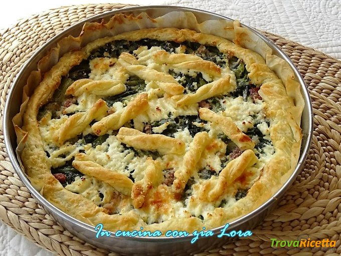 Torta salata con verdure saporita