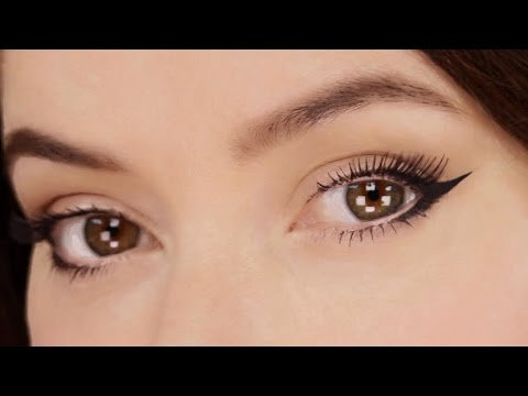 The Quick Version of My Signature Celebrity Kitten Eye #MakeUp #LoveYouLisa