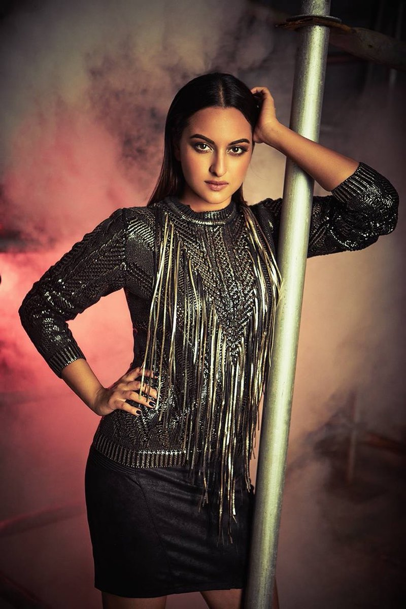 Sonakshi Sinha HD Images Wallpapers Gallery