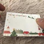 素敵なクリスマスカードと思って中を見てみると?これは危険!