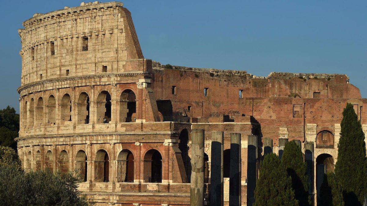 Attacco a Berlino, Roma chiude il centro storico ai Tir #cronacaroma https://t.co/fXzfebhpgz