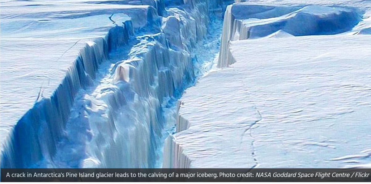 Foto del giorno NASA: Enorme ICEBERG si stacca in Antartide