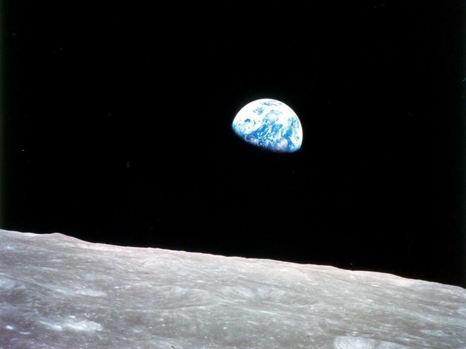 This photo, Earthrise, was taken on this day in 1968 https://t.co/MMRv4ZEkIe https://t.co/ZNqk44L1dr