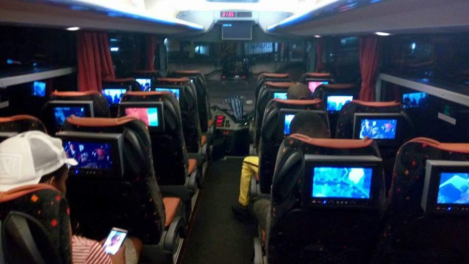 Les nouveaux bus #TouristiqueExpress  de quoi justifier les 2000frs de plus que vous debourserez désormais https://t.co/3Jz0VSpYyO
