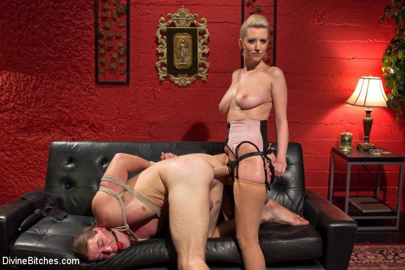 Femdom Pussy Licking, Porn