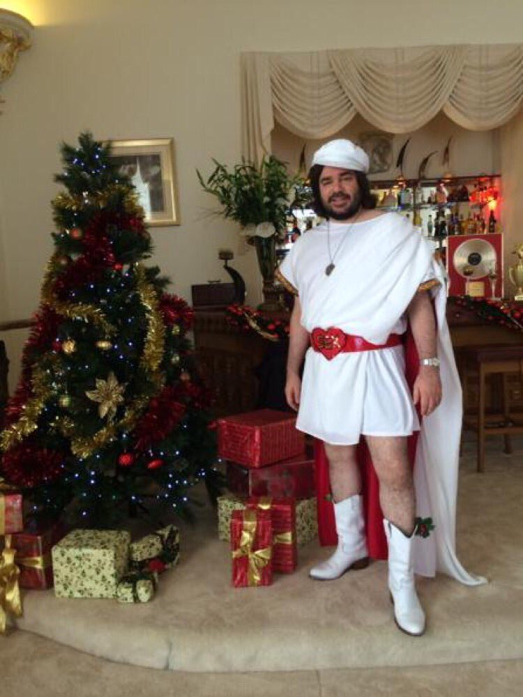 Merry Christmas! https://t.co/EGRD8x04wB