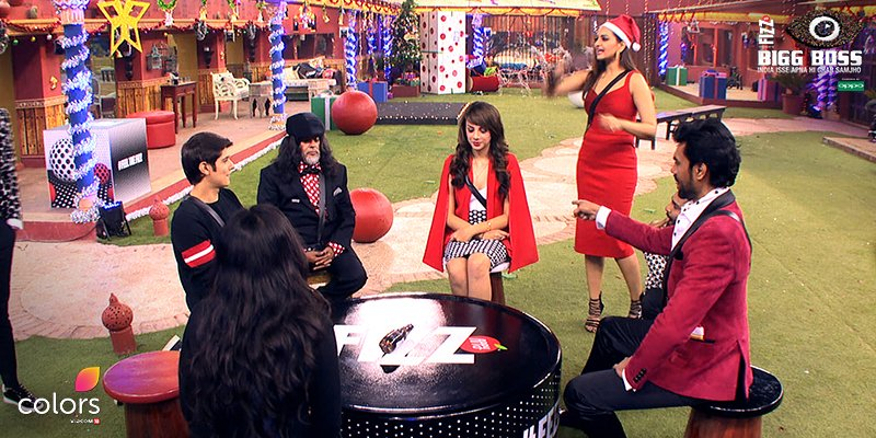 Bigg Boss 10: Sonakshi Sinha And Manish Paul Make The Christmas Merrier In The House