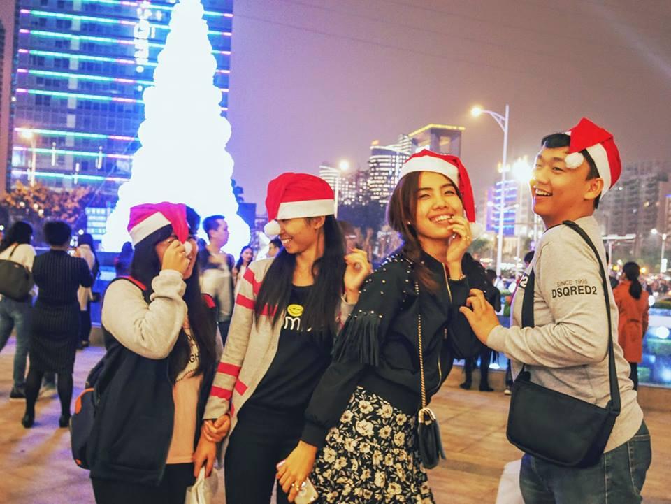 ใครว่าที่จีนไม่มีคริสต์มาส  #นักเรียนแลกเปลี่ยน  #merrychristmas https...