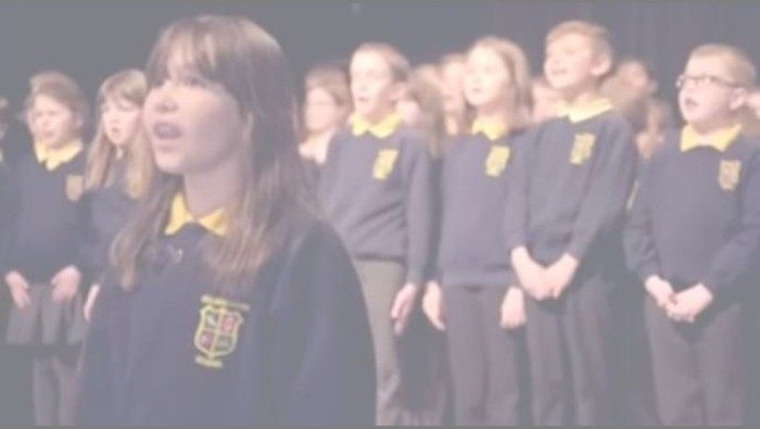Hallelujah' : girl autism stuns singing Hallelujah performance girl