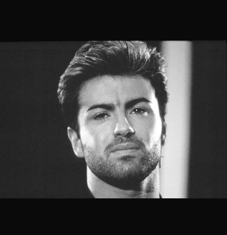 RIP beautiful @GeorgeMichael https://t.co/5Hlt09QgiC