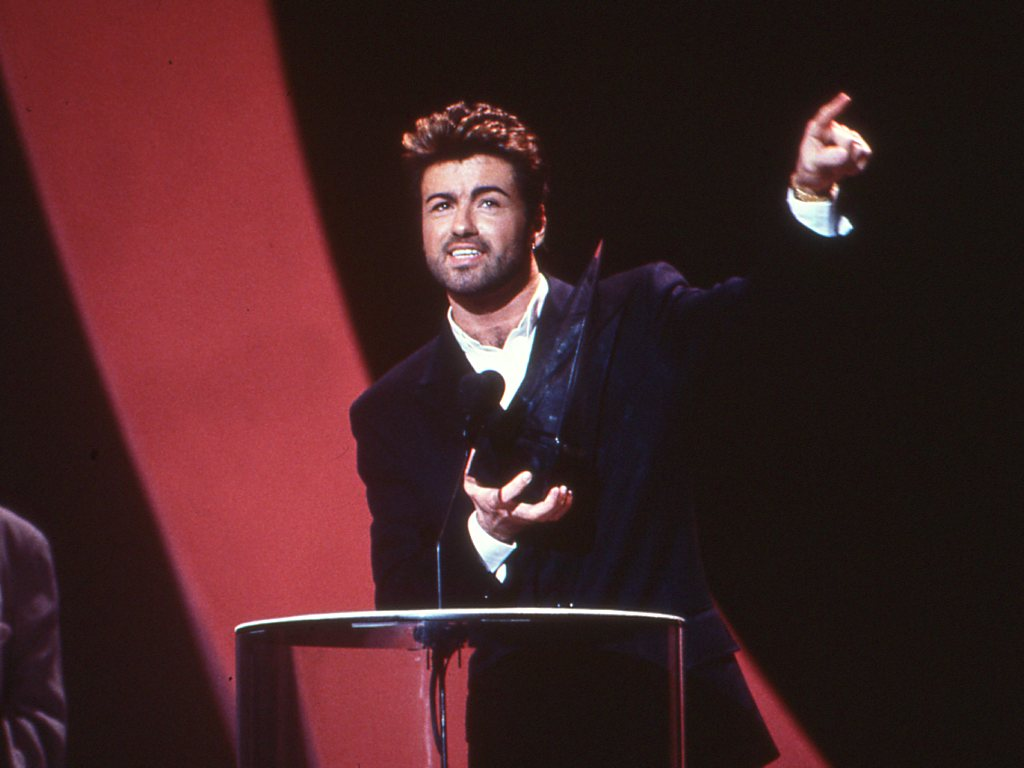 George michael pop superstar has died at 53 new york times - 2 Replies77 Retweets231 Likes