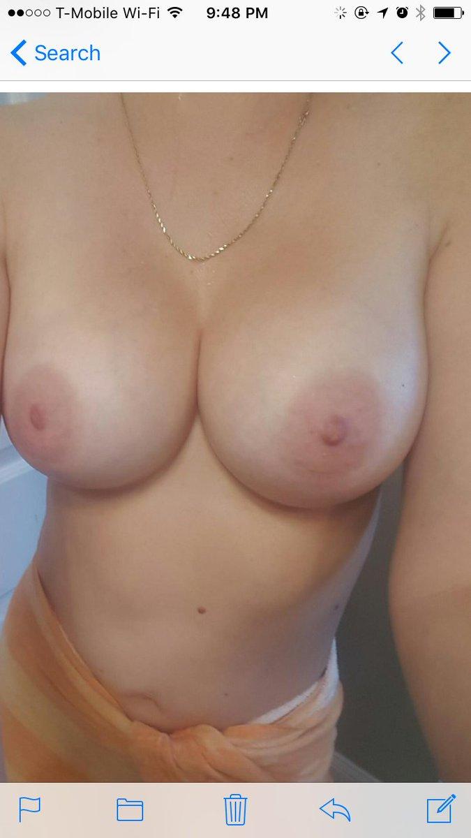 Nude Selfie 9967