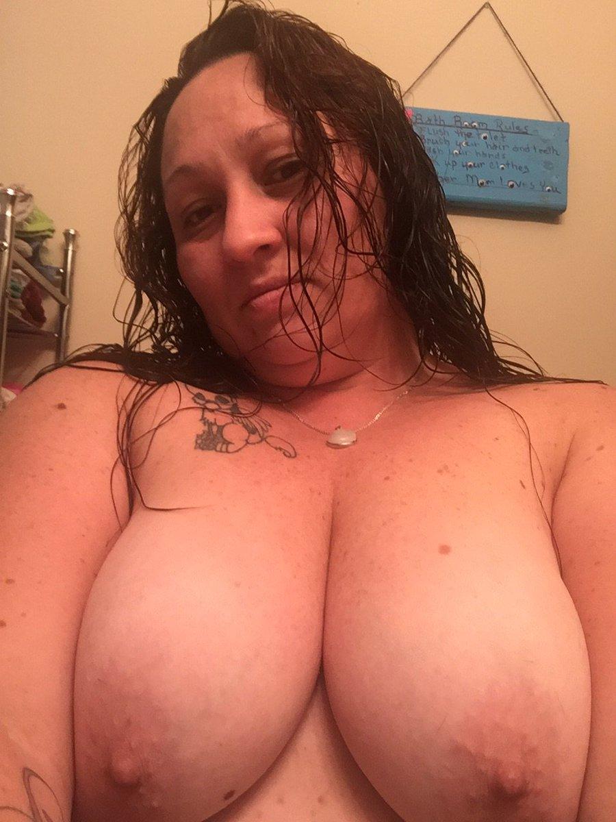 Nude Selfie 9986