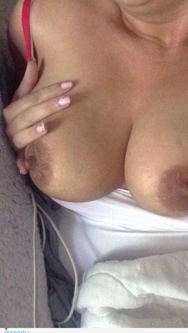 Nude Selfie 10003