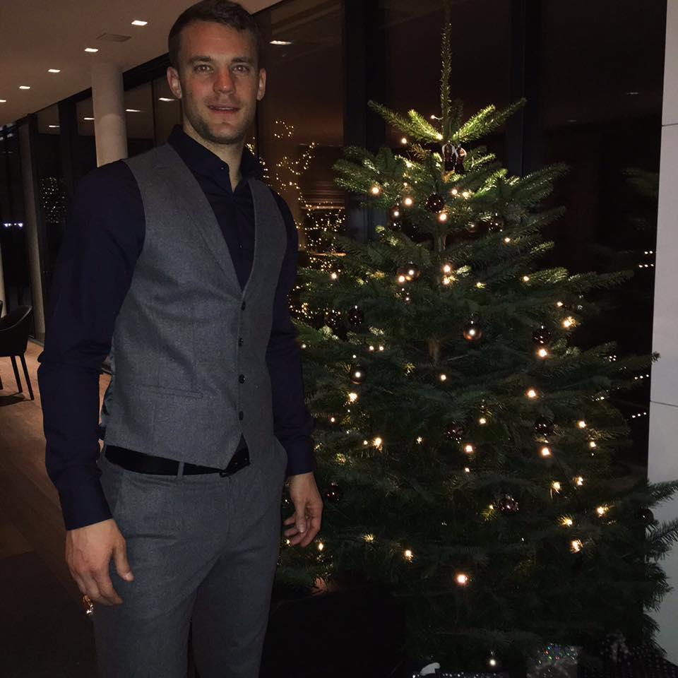 Weihnachtsbilder Für Frauen.Fc Bayern München On Twitter Fcbxmas Weitere