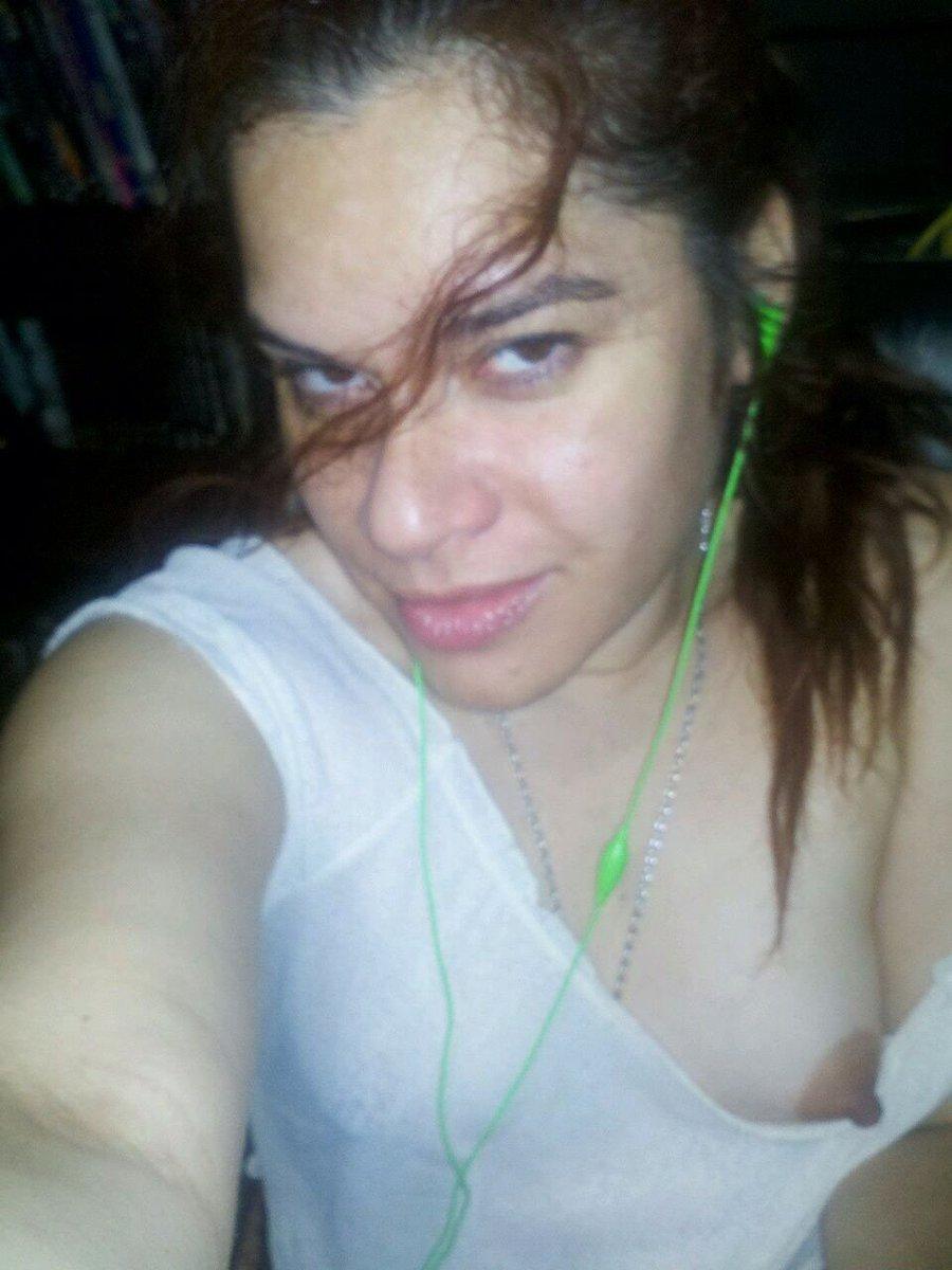Nude Selfie 9958