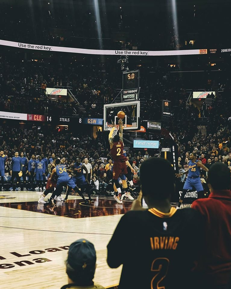 My photos of @KyrieIrving hitting the game winner yesterday. https://t.co/M5J7mtvktH