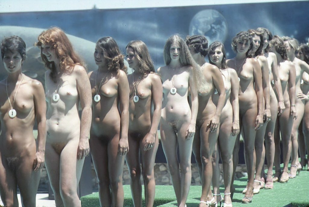 Knockout Pussy Small Nudist Girls Pageant