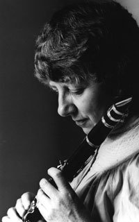 #Today in 1925 Birth of English #clarinetist Thea #King. #MusicHistory #classicalmusic<br>http://pic.twitter.com/2MaHLsLra6