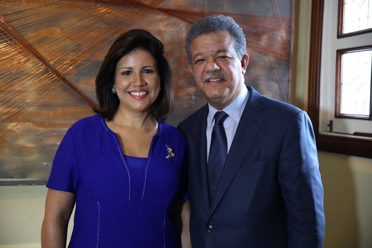 """Margarita Cedeño on Twitter: """"Mi amado esposo @LeonelFernandez, hijo  apreciado de la RD, cuyo liderazgo ha trascendido las fronteras de nuestra  patria, cumpleaños hoy.… https://t.co/x5rIK4Z32X"""""""