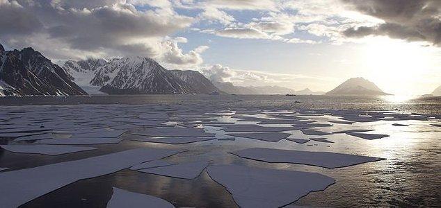 Antartide con Piramidi e Basi Aliene UFO? La risposta scientifica ai misteri
