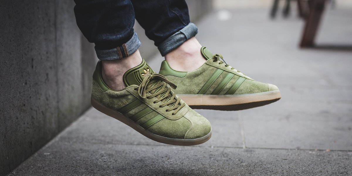 Adidas Gazelle - Olive Carbon/Olive Carbon/Gum4 SHOP HERE: https://t.co/9nRNtw3fFY…