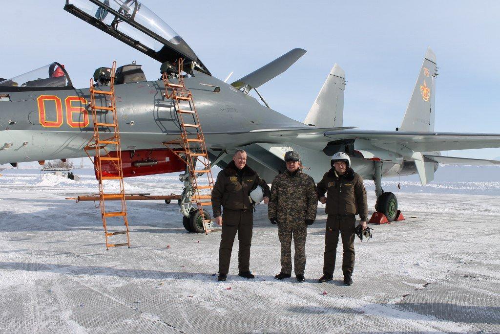 كازخستان ستشتري مقاتلات Su-30 SM  C0r9n0mWEAEd5qV