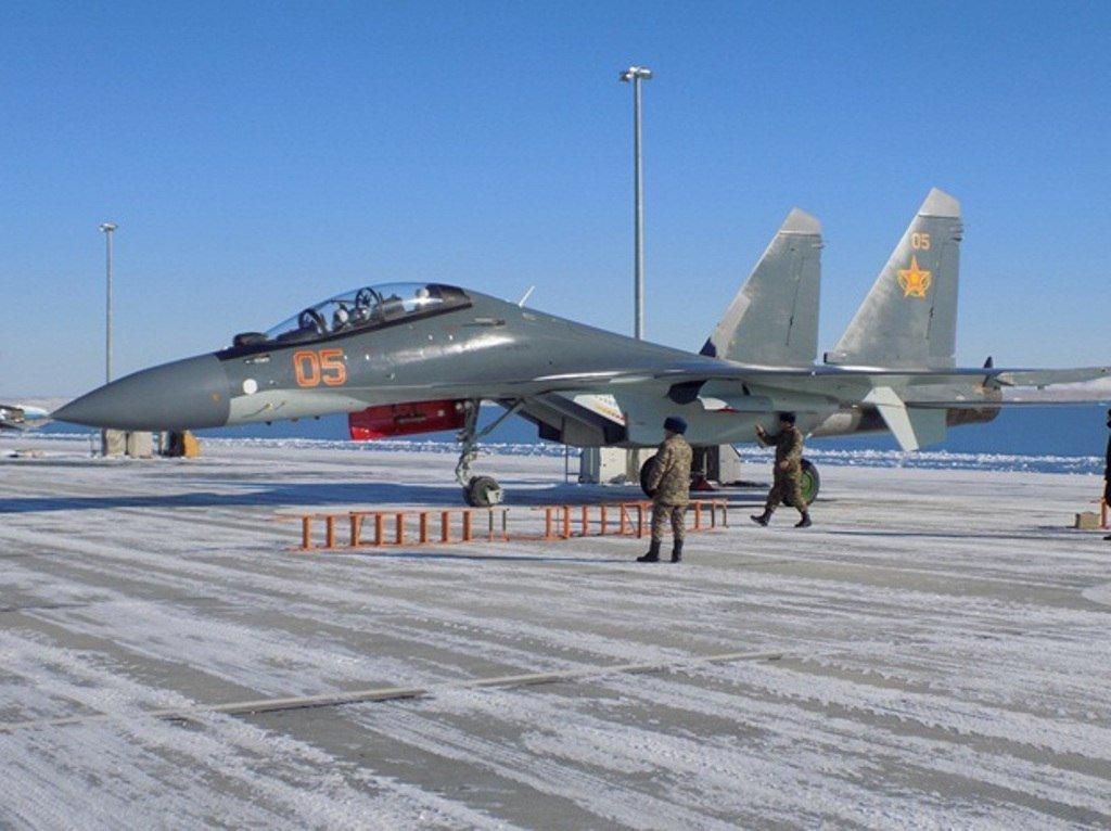 كازخستان ستشتري مقاتلات Su-30 SM  C0r9onWWgAA9niy