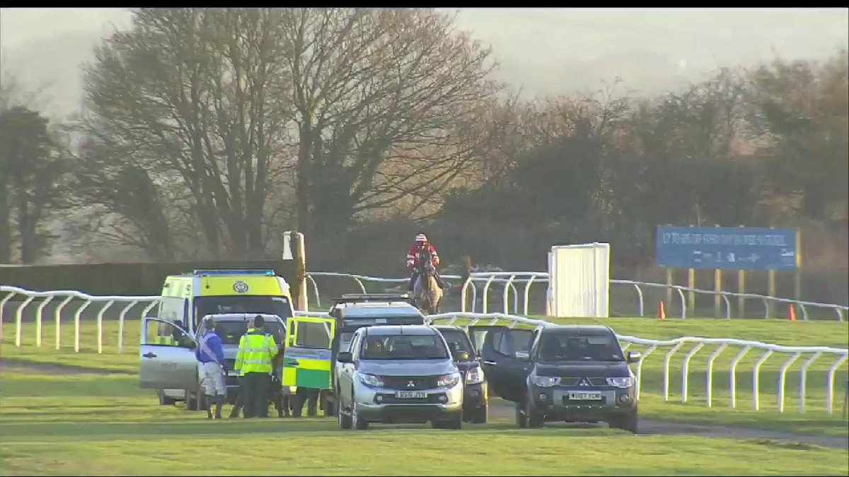 ICYMI: A race at @wincantonraces was voided yesterday after Hollow Blue Sky, the only runner left, refused to finish https://t.co/YlJf6qFh7y