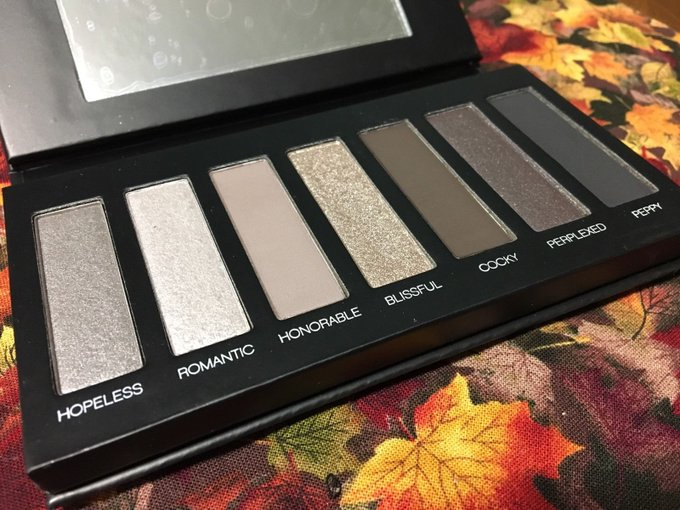 Younique Moodstruck Addiction Shadow Palette #2 #MakeUp #Beauty #Cosmetics #Deals #ONSales