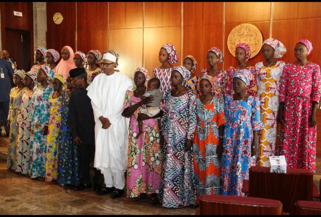 African-American Billionaire Robert Smith Offers Scholarship To Chibok Girls https://t.co/UIHUIvp4BZ https://t.co/oTfyNUfynD