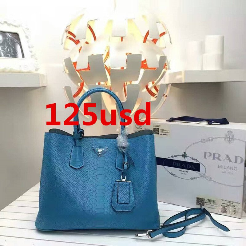 ac294dc51778 Prada Galleria bag in Saffiano leather Double leather handle bag size:36x18x27cm  0420P1 whatsapp:+8615503787453pic.twitter.com/nZfzslvlkp