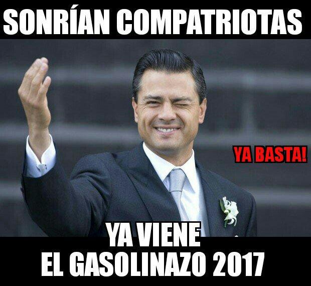 Señor Presidente @EPN Usted prometió NO mas #Gasolinazo2017 nos mintió.  Hasta Cuando?  RT SI estas HARTO! Además aprovechando el Fin de año