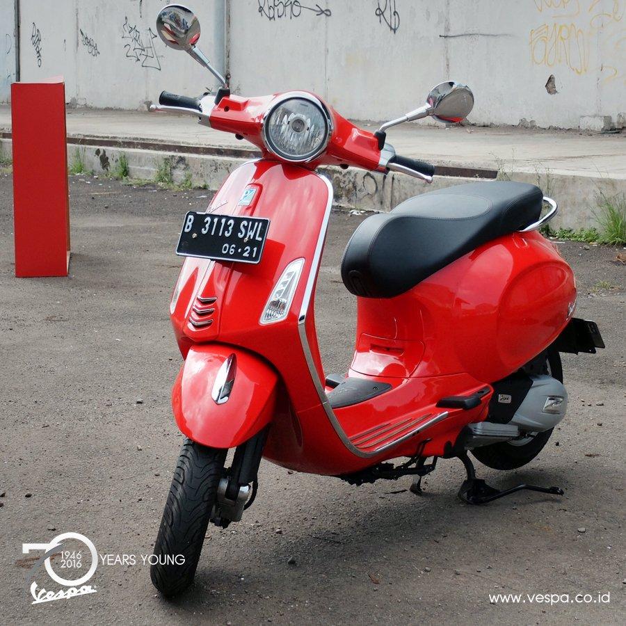 Vespa Sprint I Get Red Rosso Dragon Daftar Update Harga Terbaru Primavera 150 Abs Blu Midnight Jakarta 920 Pm 27 Dec 2016