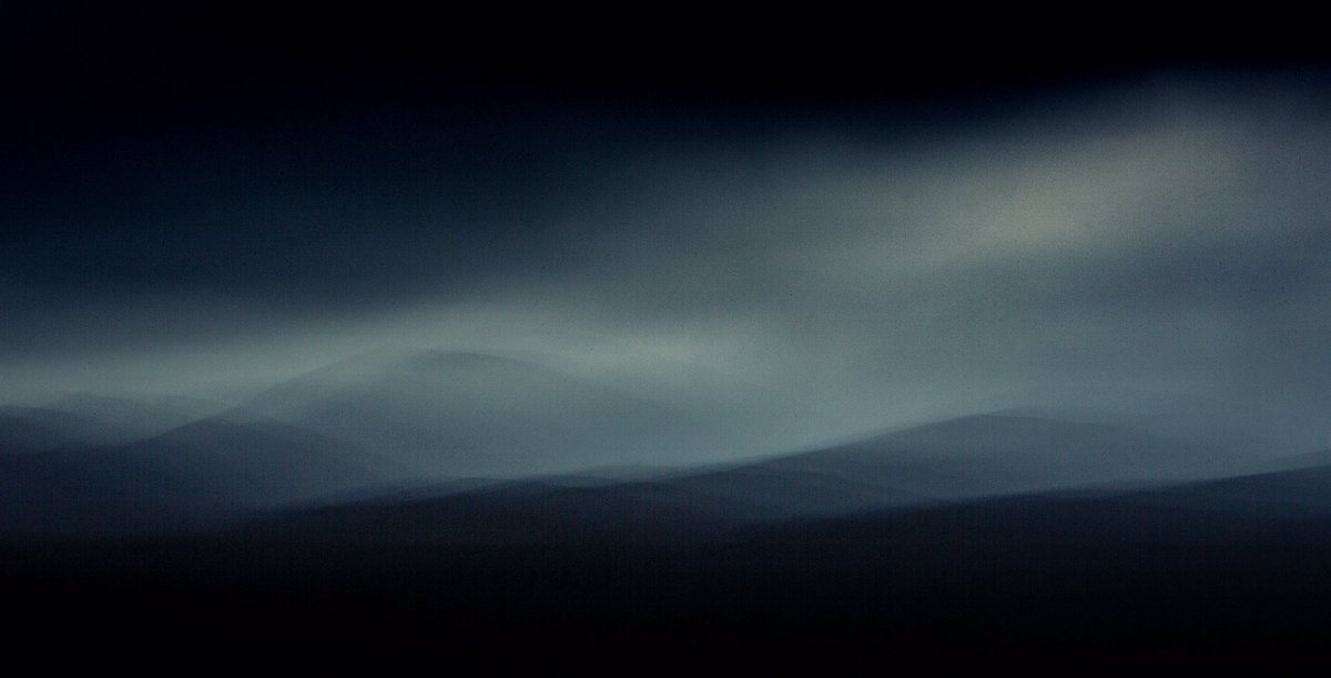 Cairngorms. Mountain light. https://t.co/iITbKI95gb