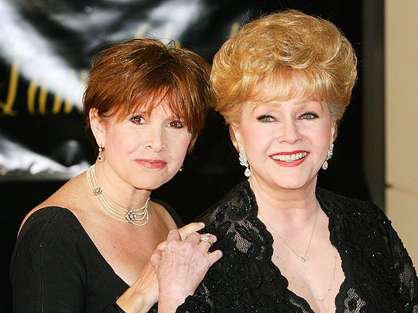 È morta Debbie Reynolds, madre di Carrie Fisher, tutto in un giorno