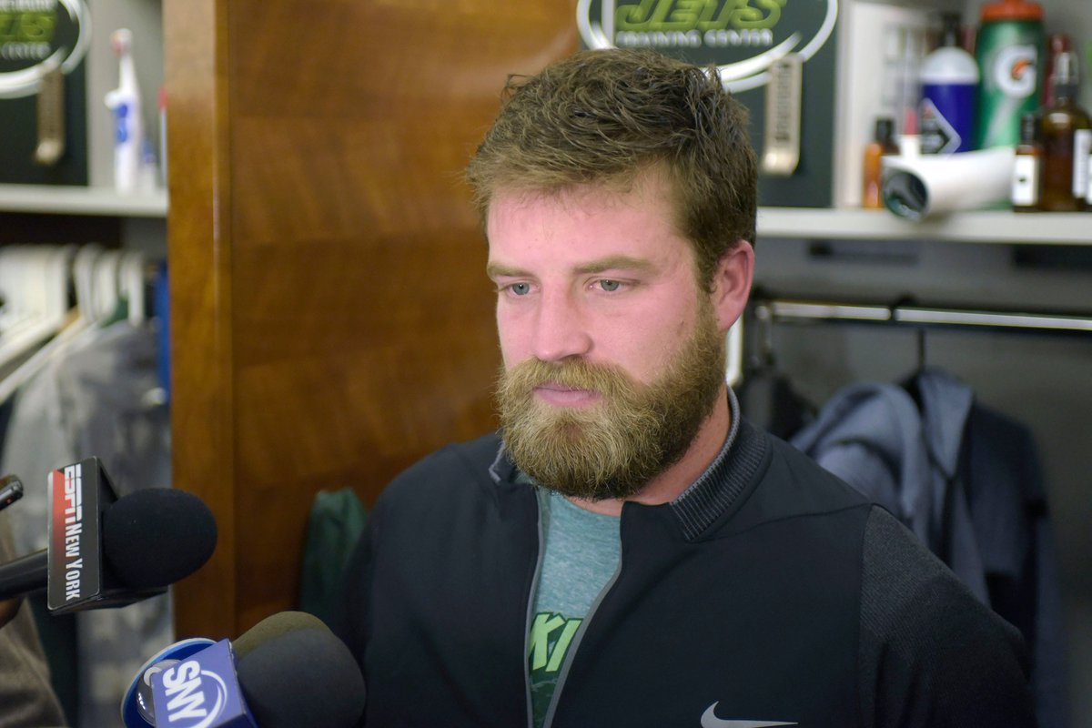 (New York Post) #Ryan #Fitzpatrick admits his sad Jets reality : Ryan Fitzpatrick wants..  http://www. inusanews.com/article/463765 1612/ryan-fitzpatrick-jets-admits-reality &nbsp; … <br>http://pic.twitter.com/SW6jBPZKy3