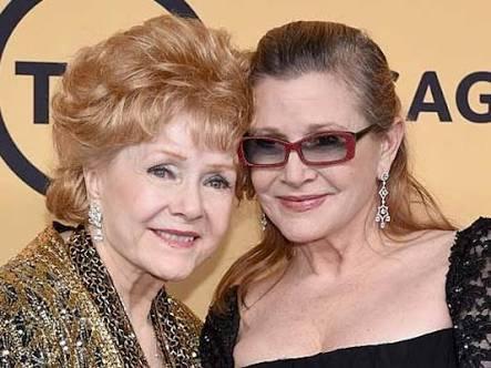 Debby Reynolds morreu hoje aos 84 anos, um dia após perder a filha Carrie Fisher. Que história triste. https://t.co/npgnVAHiuJ