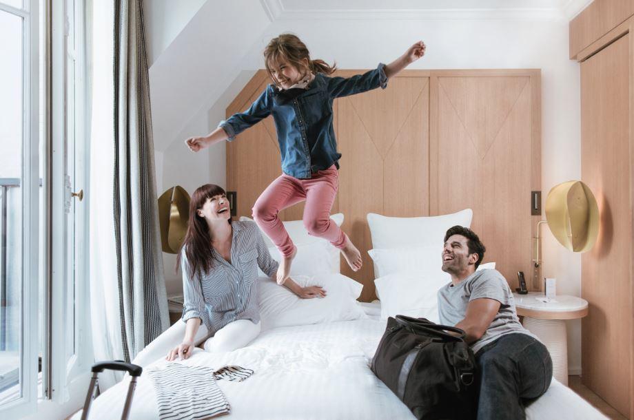 #Tourisme : la #startup @dayuse_fr permet aux #hôteliers de rentabiliser leurs heures creuses ! Découvrez :  http:// bit.ly/2jDnZaA  &nbsp;  <br>http://pic.twitter.com/TJPni0Hswn