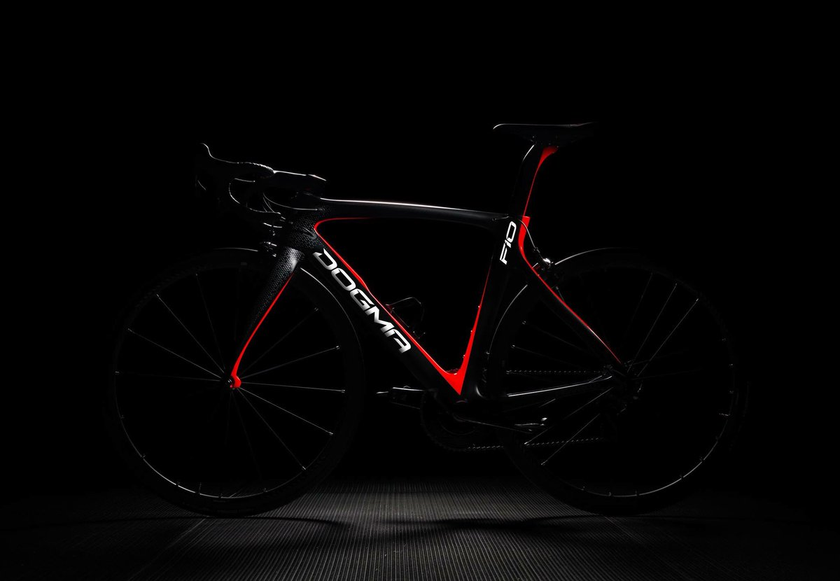 Ladies &amp; gentlemen the new Dogma F10!!!! #triandfun #new #novedad #dogma<br>http://pic.twitter.com/dO81685AmU