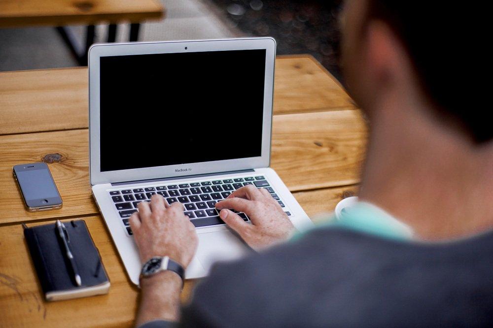 Comment être davantage productif sans faire d&#39;heures supplémentaires ! #conseil #quotidien #carrière  &gt;&gt;  http:// ow.ly/sPdG307KcZI  &nbsp;  <br>http://pic.twitter.com/FRhSbU9ZIU