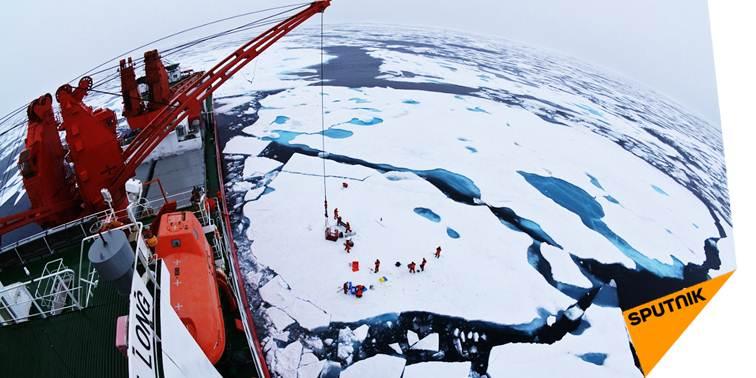 Pourquoi la #Chine construit un nouveau #BriseGlace polaire  http:// sptnkne.ws/dmMj  &nbsp;   #Antarctique #Arctique #Xuelong<br>http://pic.twitter.com/n5m1q0Gh5v