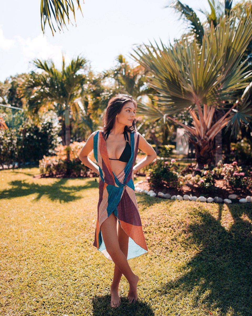 Alyssa Lynch Nude Photos 7